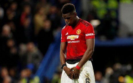 Ikut Tur Manchester United, Paul Pogba Pasang Tampang Cemberut