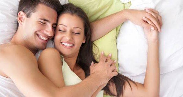 Seks Memang Menentukan Kehidupan Rumah Tangga, Tapi . . .