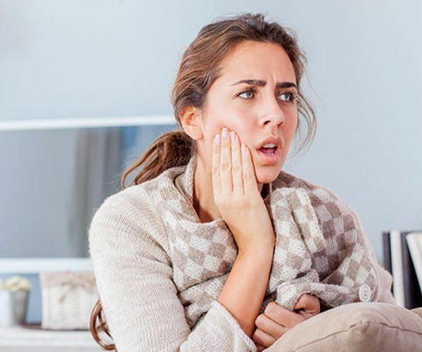 Cara Mengatasi Sakit Gigi Saat Gigi Geraham Bungsu Tumbuh