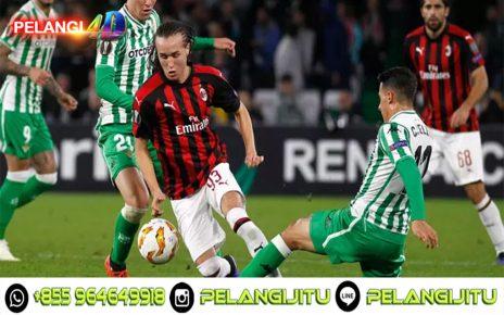 AC Milan Lepas Dua Bek Sayap, Nasib Andre Silva Masih Menjadi Misteri