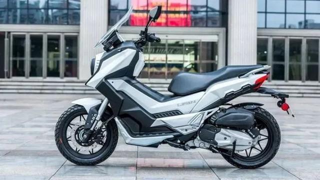 Kembaran Honda ADV dari Tiongkok Jejaki Thailand