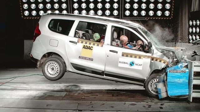 Suzuki Ertiga Jalani Uji Tabrak Ini Hasilnya