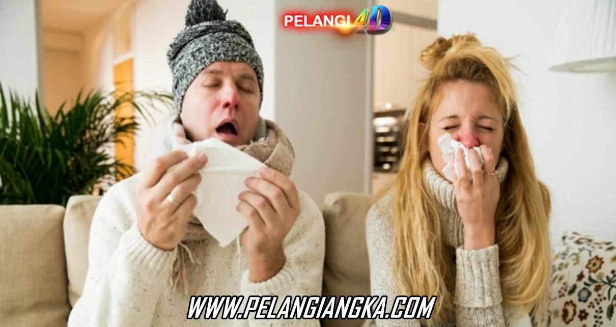 Tips Mencegah Demam & Flu Saat Kehujanan