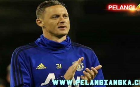 Manchester United Diperkuat Matic Lawan AZ Alkmaar