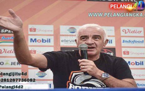 Pelatih Pusamania Borneo FC Laga Lawan Semen Padang Penting