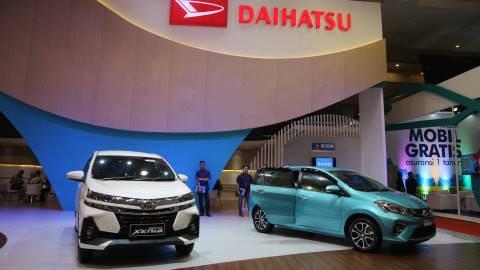 Pajak Kendaraan Baru Naik Toyota Pilih Tahan Harga
