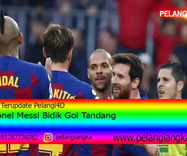 Lionel Messi Bidik Gol Tandang