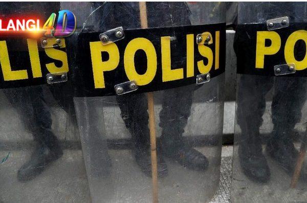Ditendang Paspampres identitas Rombongan Pemotor Diburu Polisi